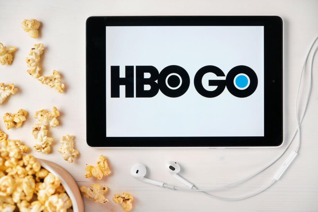 jak ogladac HBO za granicą