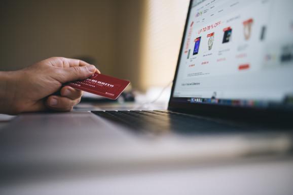 Problemy między NordVPN a PayPal
